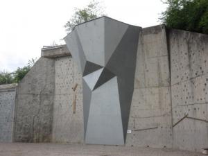 mur extérieur de saint priest